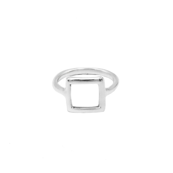 anillo cuadrado en plata de ley