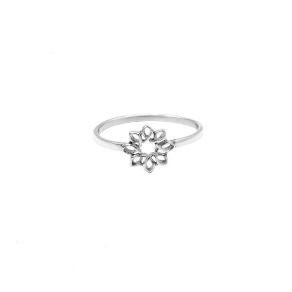 anillo flor en plata de ley 925