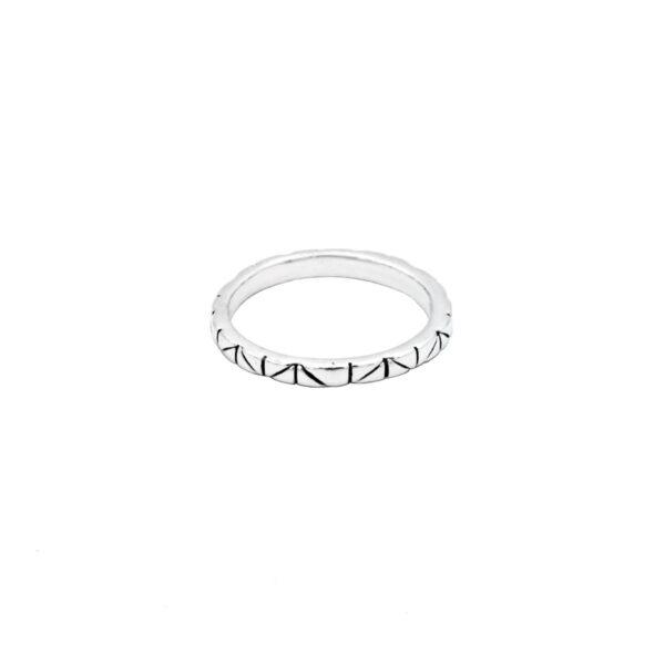 anillo triangulos en plata de ley 925